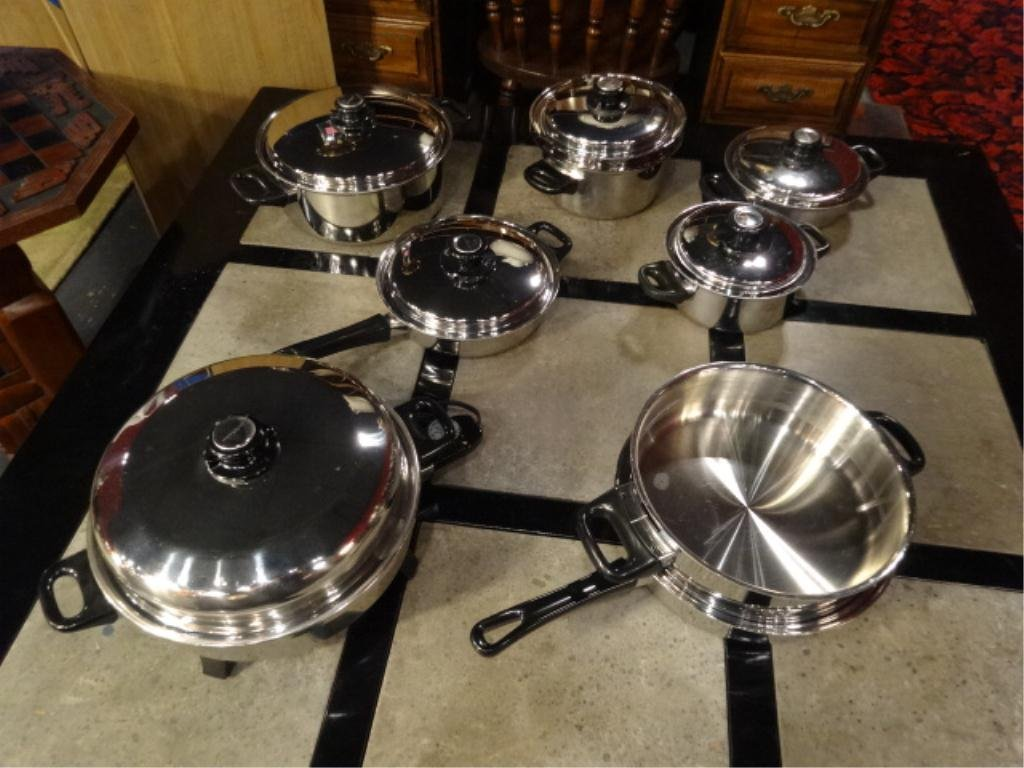 10 PC HEALTHCRAFT COOKWARE, INCLUDES ELECTRIC SKILLET