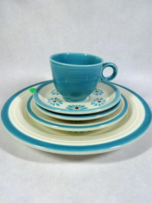 "5 PC FIESTAWARE - 1 PLATE APPROX 10 3/8"", 1 PLATE"