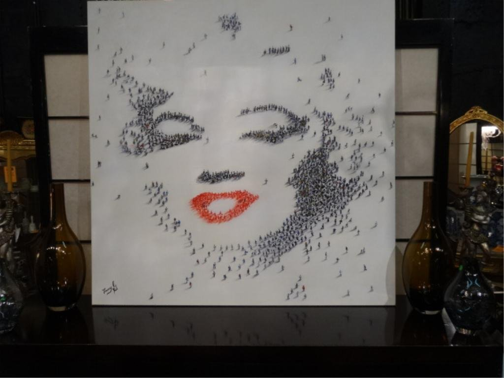 HUGE MARILYN MONROE PAINTING ON CANVAS, IMAGE COMPOSED