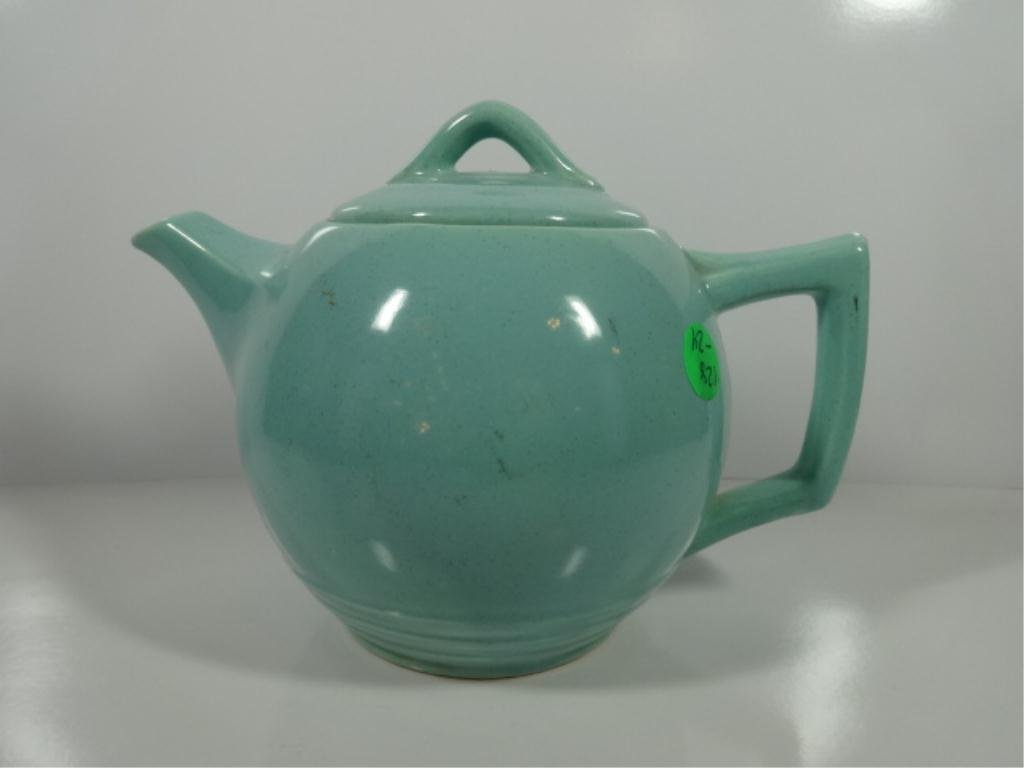 MIDCENTURY MCCOY POTTERY GLOSSY GREEN TEAPOT WITH