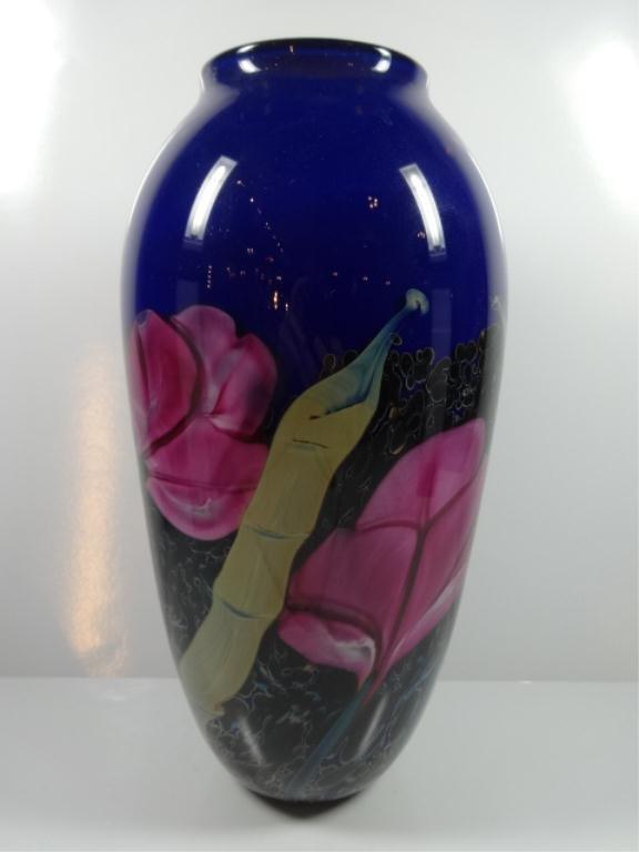ART GLASS VASE, FLORAL DESIGN ON BLUE BACKGROUND,
