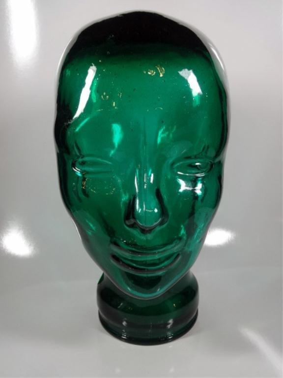 VINTAGE GLASS HEAD SCULPTURE OR HAT STAND, GREEN