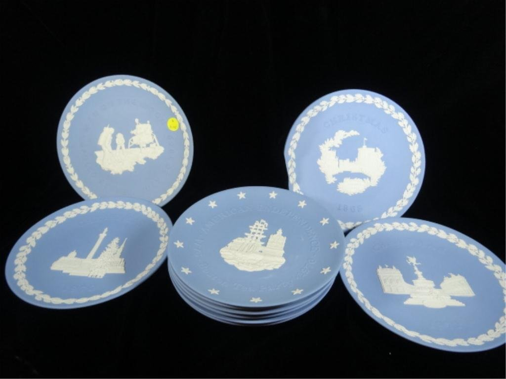 10 WEDGWOOD BLUE JASPERWARE PLATES, INCLUDES APPOLLO