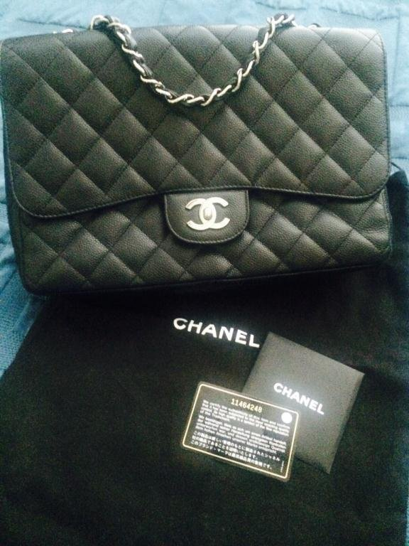 AUTHENTIC CHANEL CLASSIC JUMBO FLAP CLUTCH BAG, BLACK