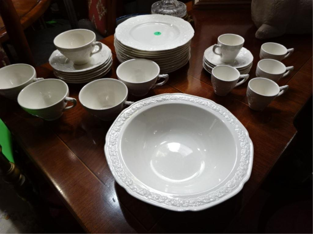 """34 PC CROWN DUCAL """"FLORENTINE"""" CHINA SERVICE, MADE IN"""