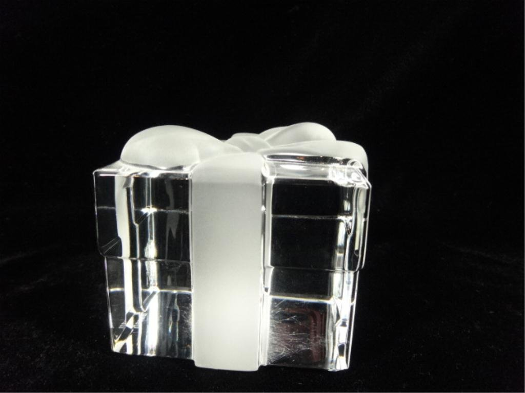 TIFFANY & CO. CRYSTAL PAPERWEIGHT, GIFT BOX WITH - 4