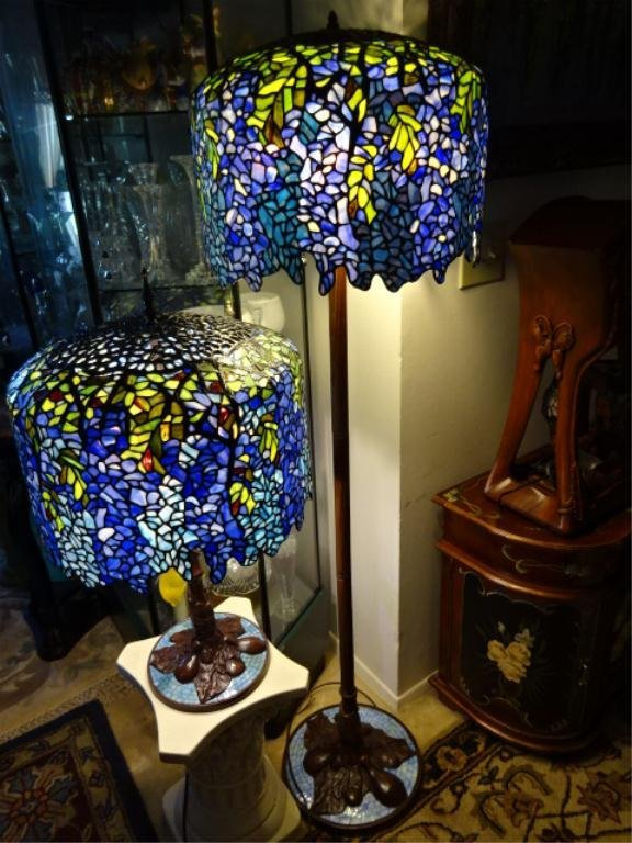 TIFFANY STYLE LEADED GLASS FLOOR LAMP, BLUE WISTERIA