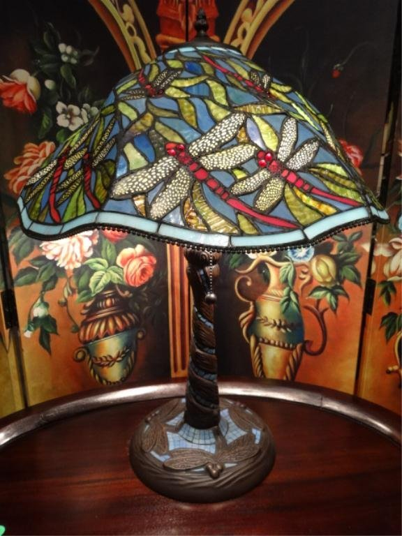 TIFFANY STYLE LEADED GLASS LAMP, DOME SHADE WITH