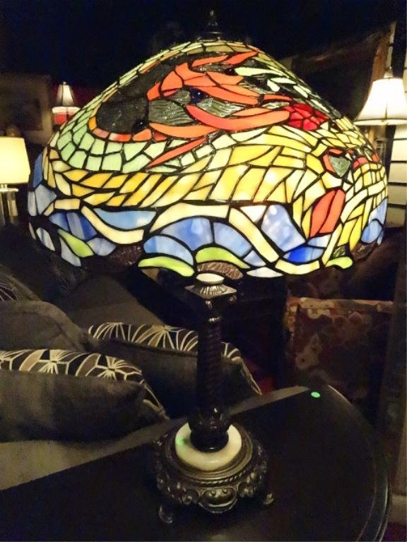 LARGE TIFFANY STYLE STAINED & LEADED GLASS LAMP, DOME