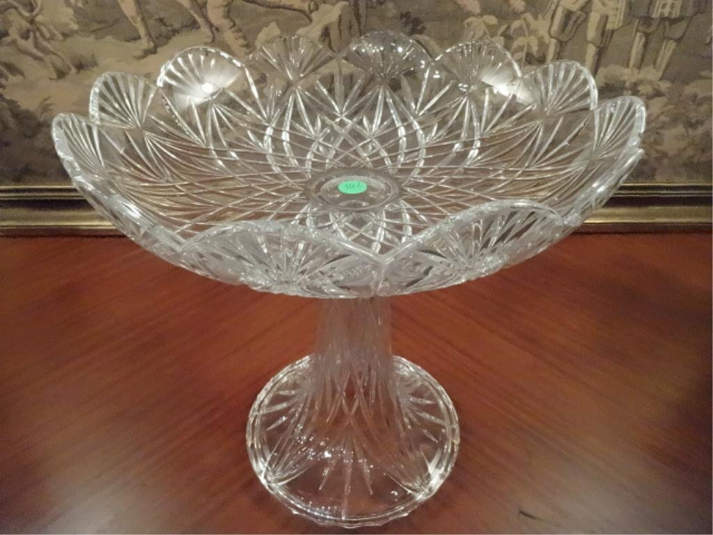24 lead crystal centerpiece cut crystal bowl on towle 24 lead crystal centerpiece cut crystal bowl on floridaeventfo Image collections