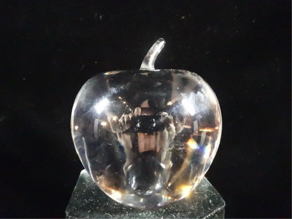 """TIFFANY & CO. CRYSTAL APPLE PAPERWEIGHT, APPROX 3.5""""H"""