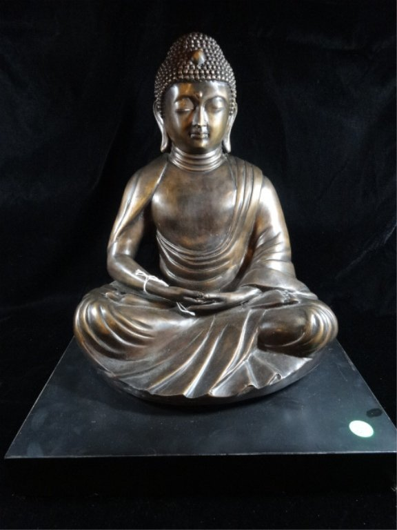 BRONZE SEATED BUDDHA SCULPTURE, ON PAINTED WOOD BASE,