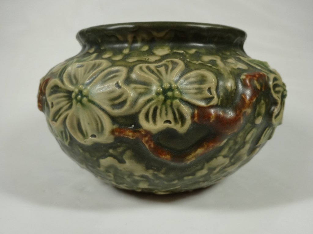 ROSEVILLE POTTERY DOGWOOD BOWL, GREEN, 151-4, APPROX