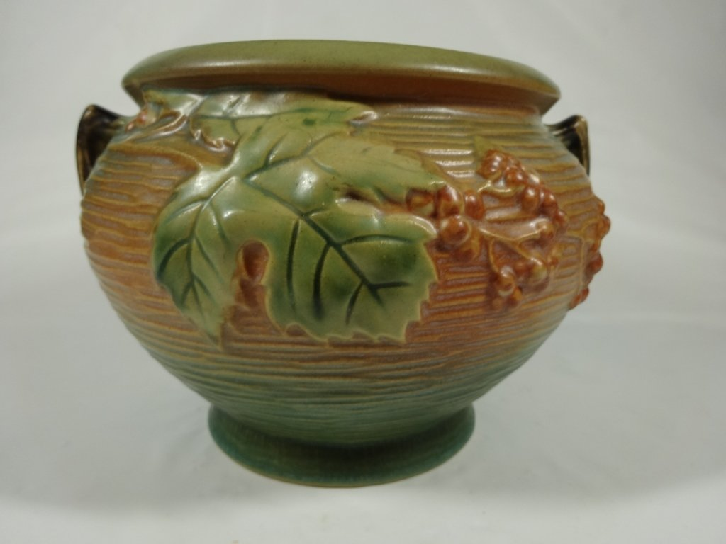 """ROSEVILLE POTTERY BUSHBERRY 5"""" BOWL, GREEN, APPROX"""