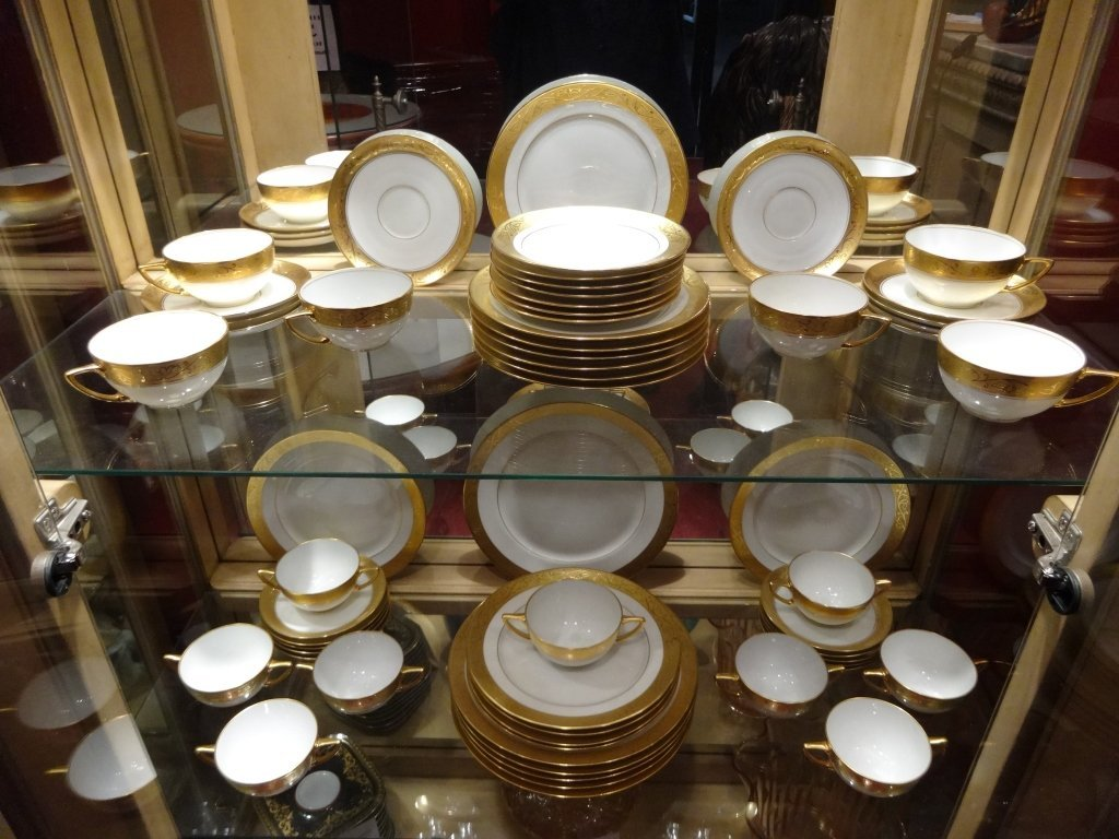 "59 PC ROSENTHAL CHINA ""PICKARD"" PATTERN CHINA SERVICE"