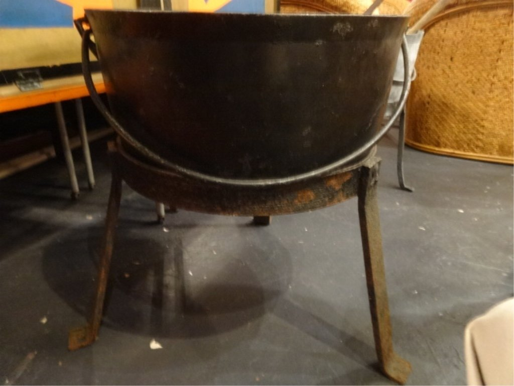 LARGE ANTIQUE CAST IRON CAULDRON ON 3 FT STAND, WITH - 2
