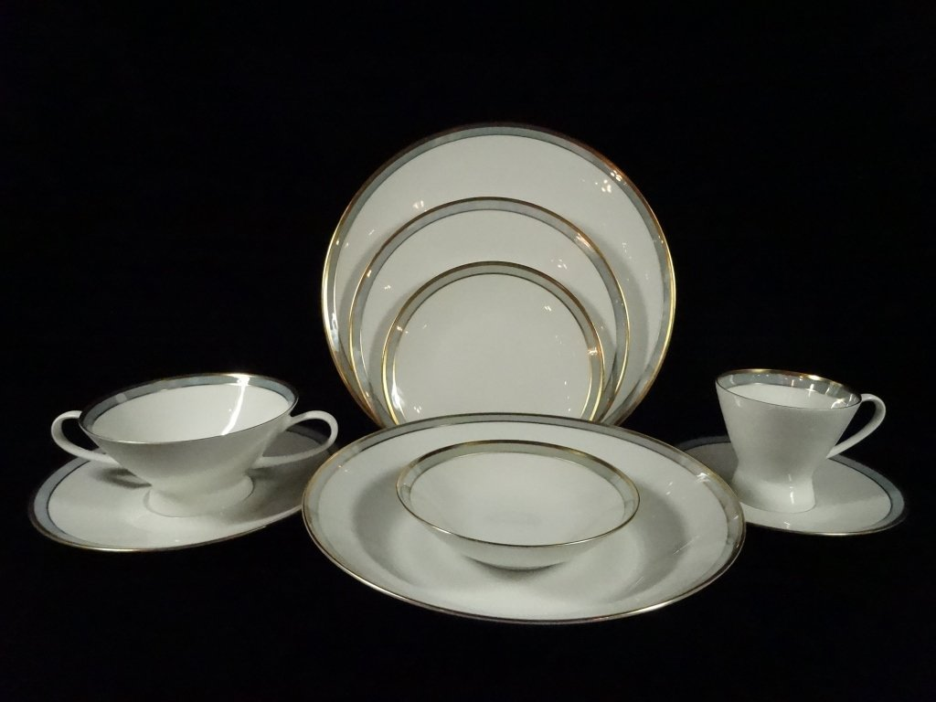 128 PC ROSENTHAL GERMANY CHINA SERVICE, INCLUDES 11