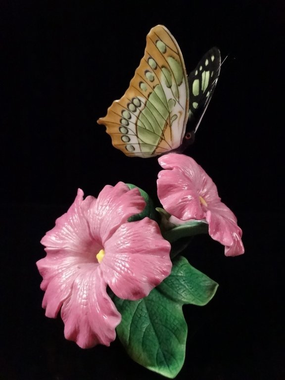 LENOX PORCELAIN BUTTERFLY, FROM THE MALACHITE