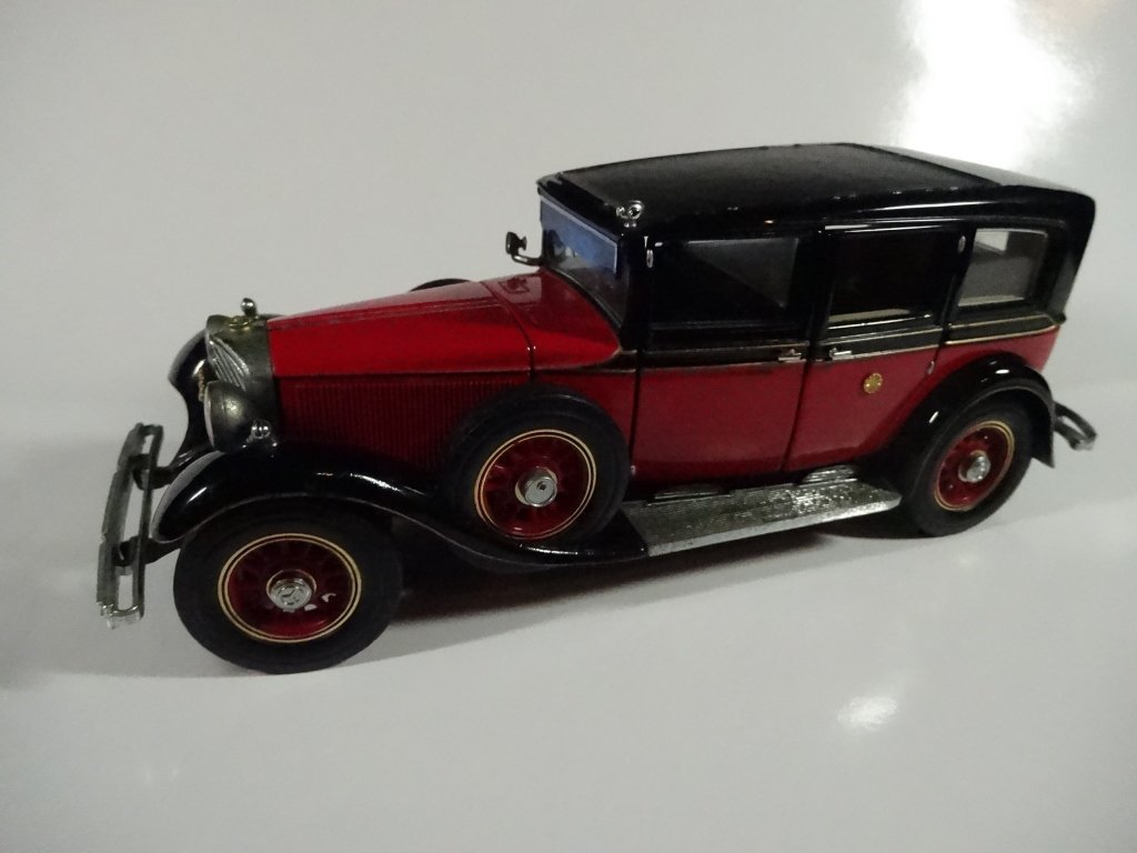 FRANKLIN MINT DIE CAST MODEL 1935 MERCEDES BENZ 770K