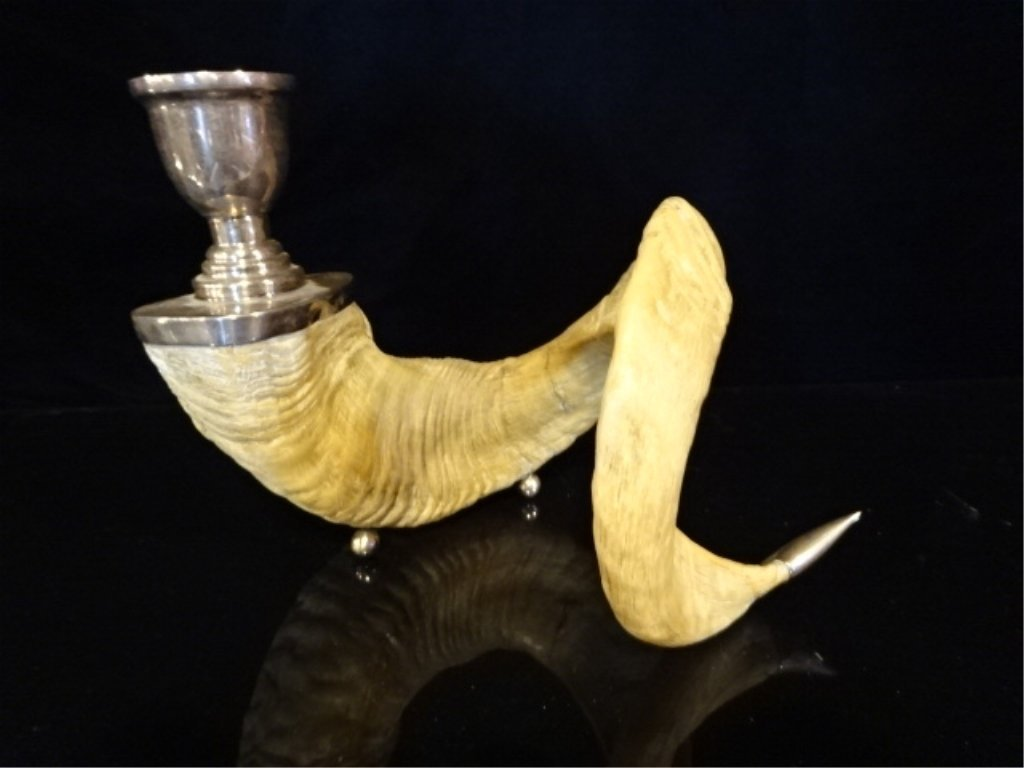 NATURAL RAM'S HORN CANDLESTICK WITH BRASS HOLDER AND