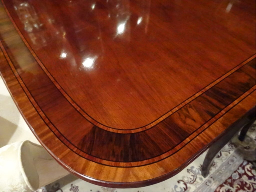 THOMASVILLE MAHOGANY DINING TABLE WITH 6 CHAIRS, 2 - 6