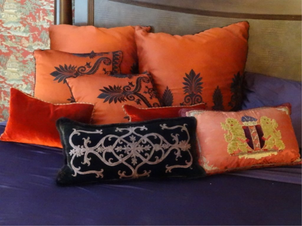 "8 PC RED AND BLACK ACCENT PILLOWS, LARGES APPROX 22""W,"