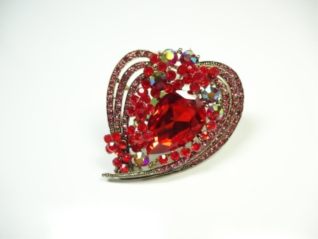 LARGE COSTUME JEWELRY BROOCH, HEART SHAPE,