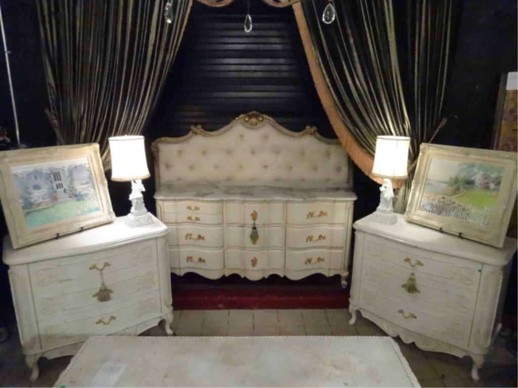 4 PC KING LOUIS XV STYLE BEDROOM SET, WHITE AND GOLD,