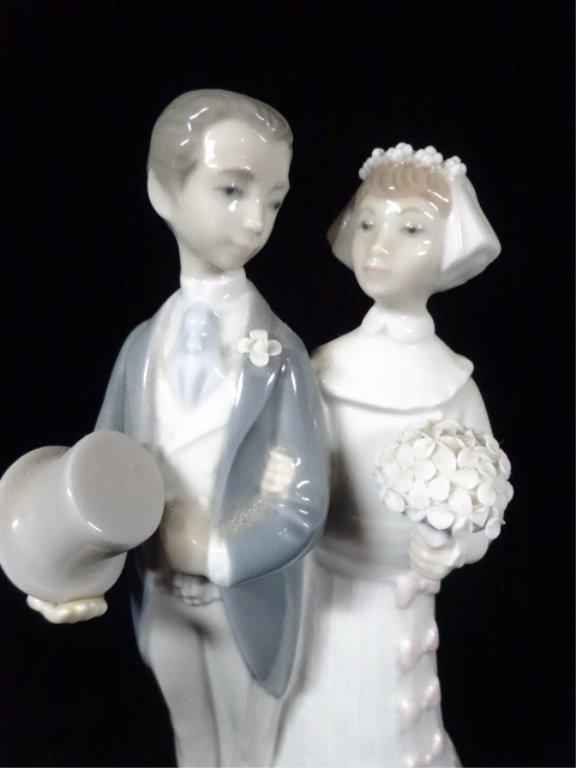 "RETIRED LLADRO PORCELAIN SCULPTURE, ""WEDDING LLADRO"", - 2"