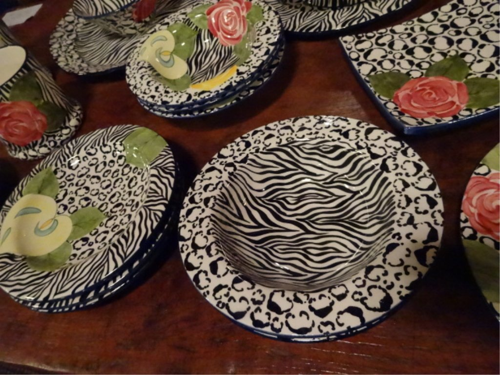 LAURIE GATES CHINA, SERENGETI PATTERN, INCLUDES 2 - 8