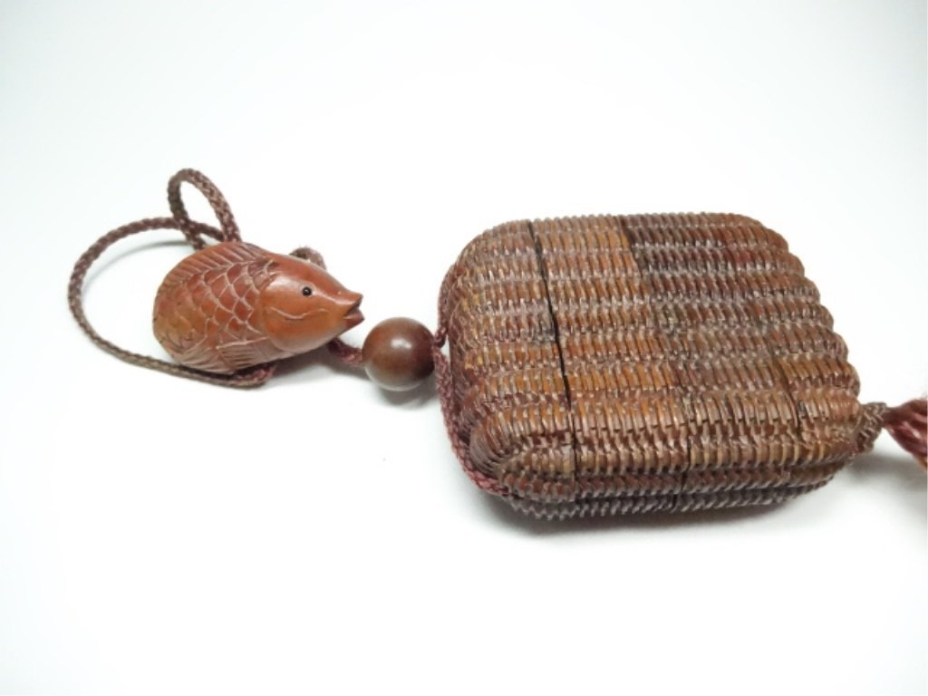 JAPANESE CARVED WOOD INRO BOX WITH FISH NETSUKE, FISH