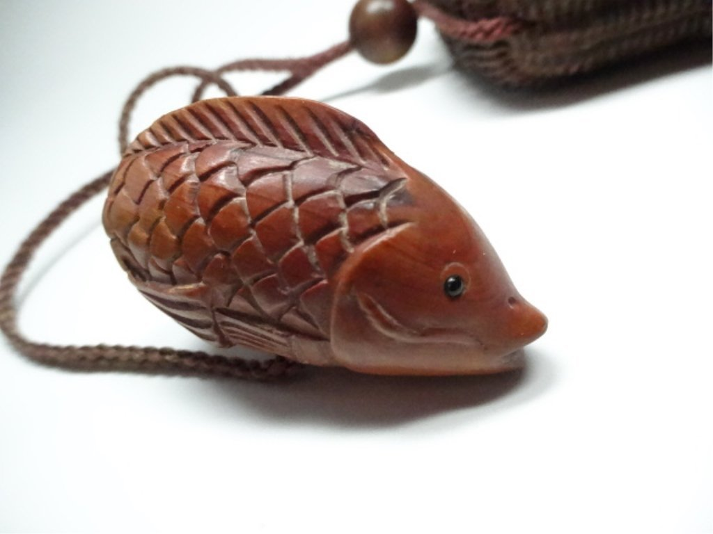 JAPANESE CARVED WOOD INRO BOX WITH FISH NETSUKE, FISH - 2