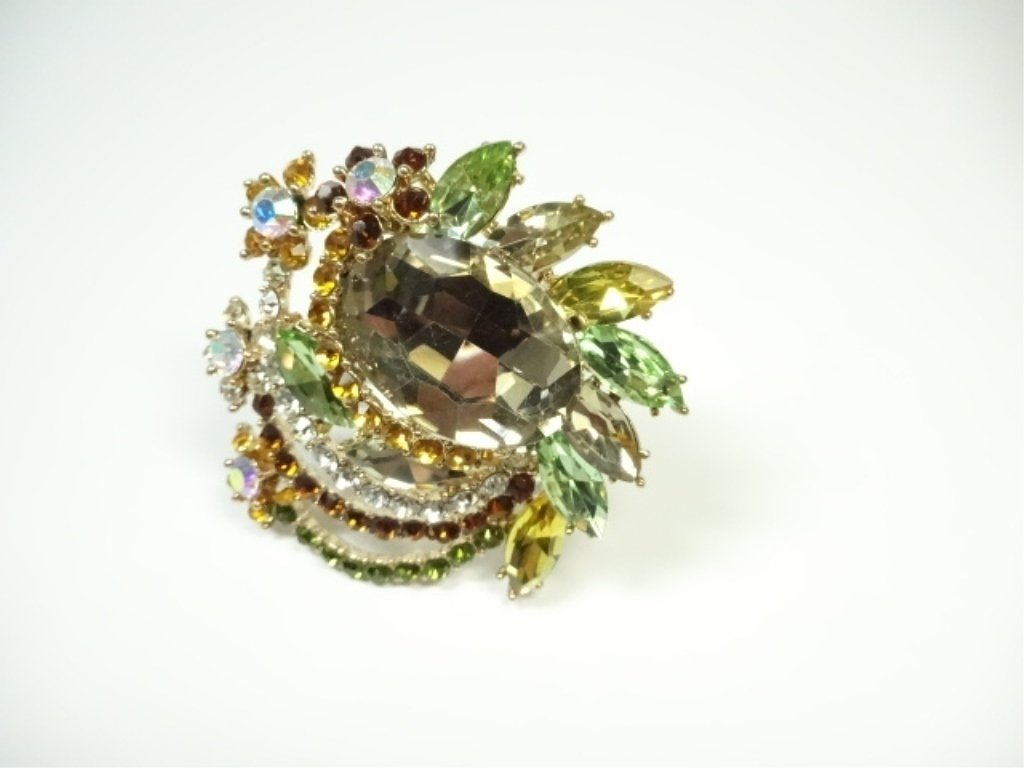 LARGE COSTUME JEWELRY BROOCH, AMBER & MULTICOLOR - 3