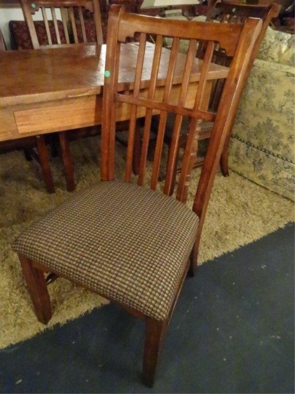 CIRCA 1900 WALNUT FARM TABLE, HAND TURNED LEGS, SOLID - 10