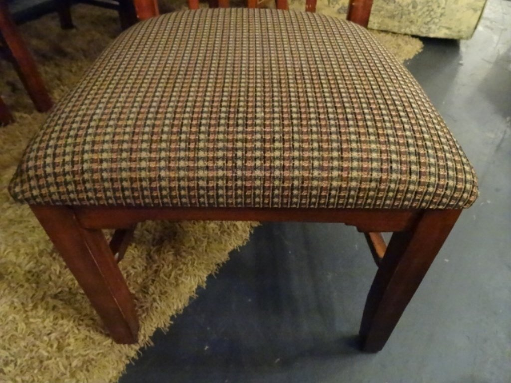 CIRCA 1900 WALNUT FARM TABLE, HAND TURNED LEGS, SOLID - 3
