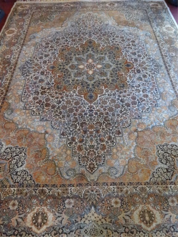 LARGE PERSIAN STYLE WOOL RUG, TAN, PALE BLUE, IVORY AND