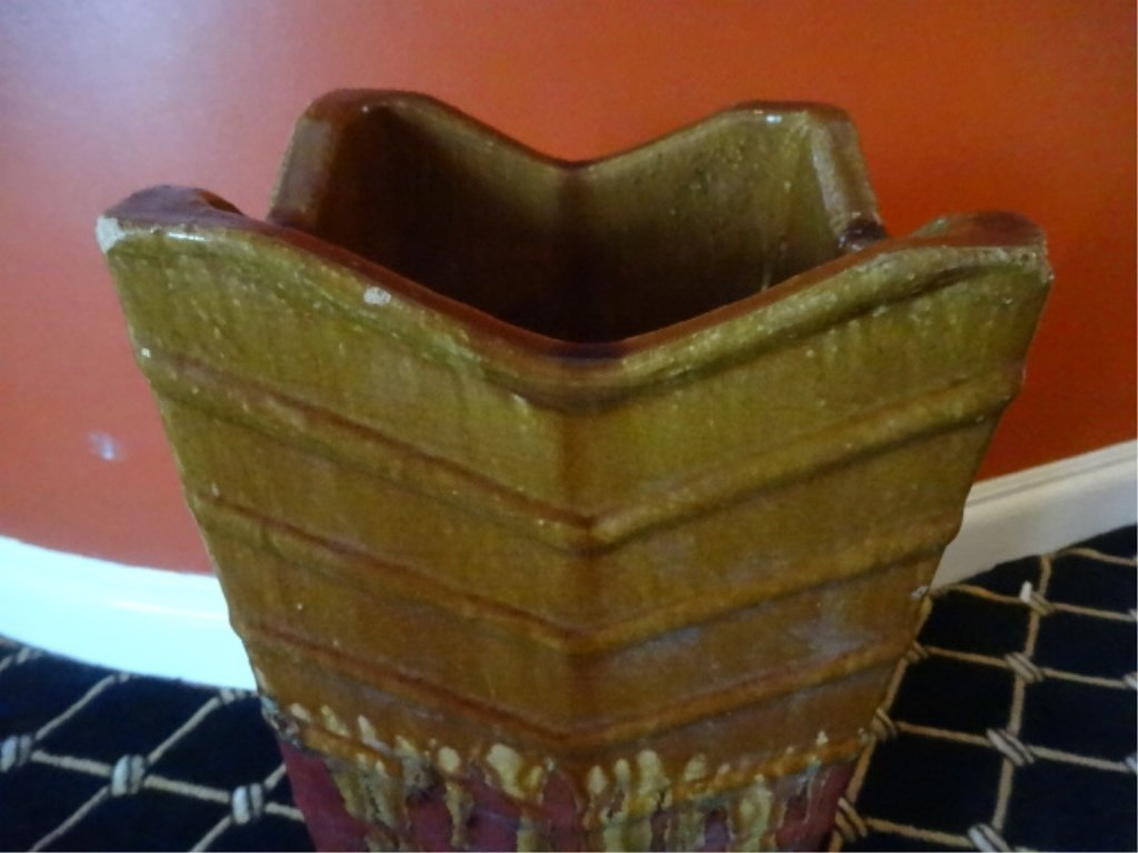 LARGE GOLD AND RED CERAMIC PLANTER, VERY GOOD - 3