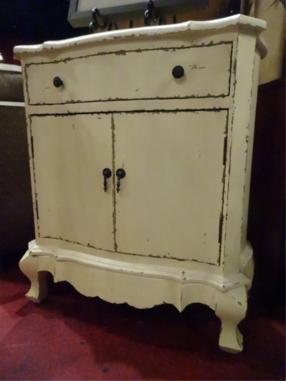 FRENCH STYLE CABINET, SINGLE DRAWER OVER 2 DOORS,