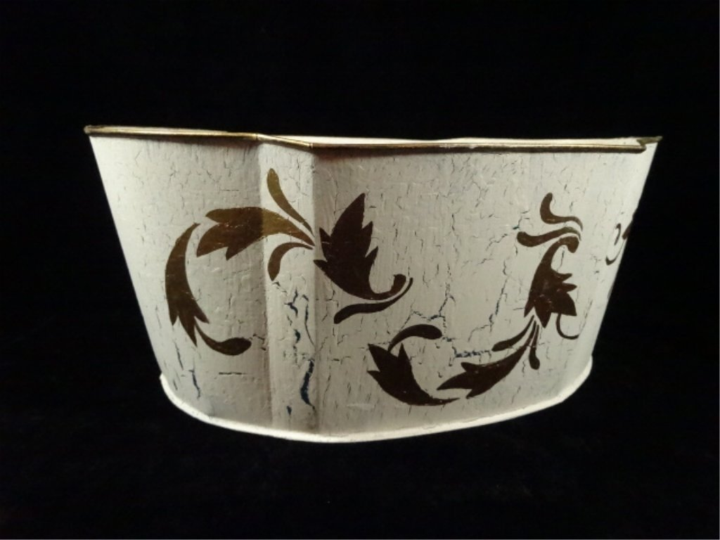 WHITE & GOLD METAL BASKET, CRAQUELURE FINISH, MADE IN