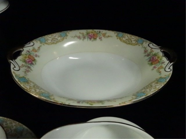 17 PC NORITAKE CHINA, INCLUDES 12 BERRY BOWLS, COVERED - 3