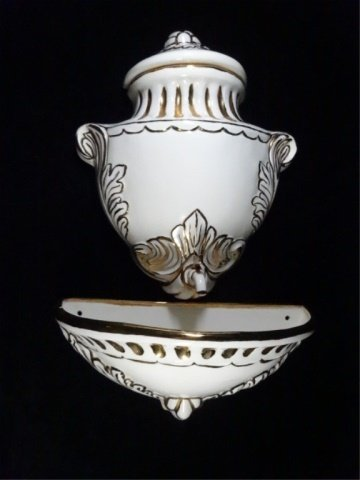 VINTAGE 3 PIECE WALL POCKET FOUNTAIN, MARKED GARLAND