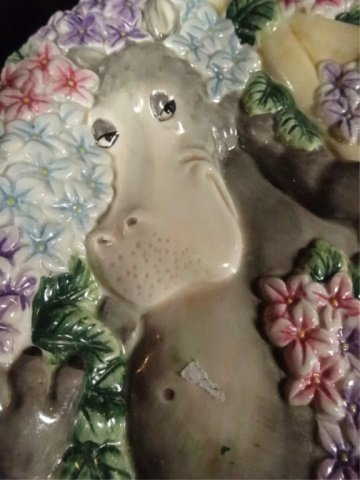 FITZ & FLOYD CERAMIC PLATE, WHIMSICAL HIPPO IN BED OF - 3