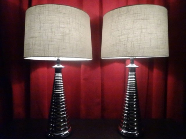 PAIR MODERN DESIGN CHROME LAMPS, RIBBED BASES, DRUM - 2