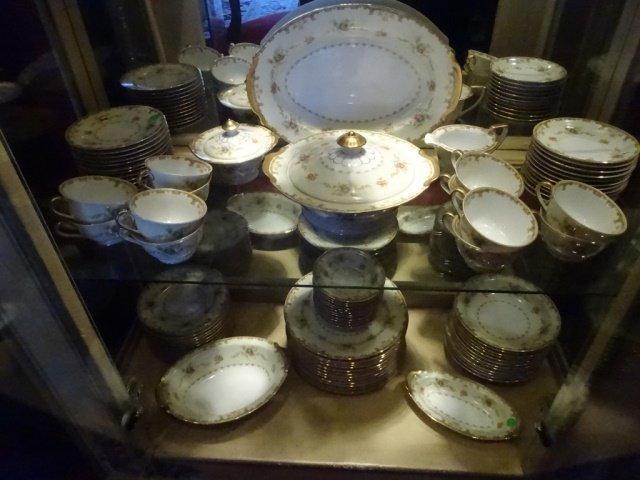 90 PC EMPRESS CHINA SERVICE FOR 12, ROSELLE PATTERN, - 5