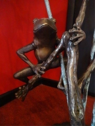 LARGE BRONZE SCULPTURE, 3 TREE FROGS, PLUMBED FOR - 3