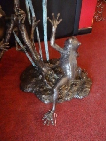 LARGE BRONZE SCULPTURE, 3 TREE FROGS, PLUMBED FOR - 7