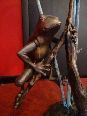 LARGE BRONZE SCULPTURE, 3 TREE FROGS, PLUMBED FOR - 8