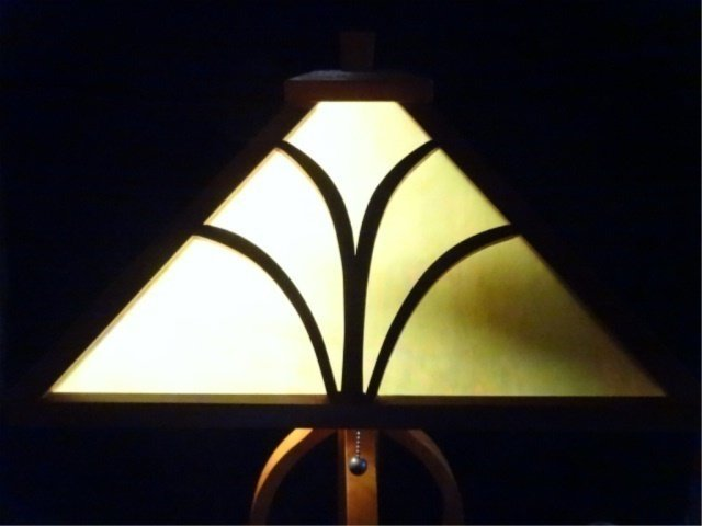 MISSION STYLE LEADED GLASS LAMP, SQUARE SHADE WITH WOOD - 3