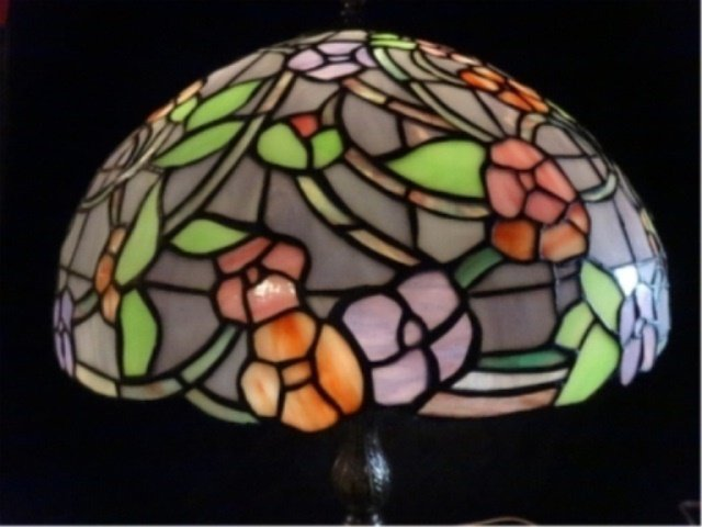 TIFFANY STYLE LEADED GLASS LAMP, DOME SHADE WITH - 2