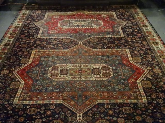 LARGE PERSIAN STYLE WOOL RUG, VERY GOOD CONDITION, - 4